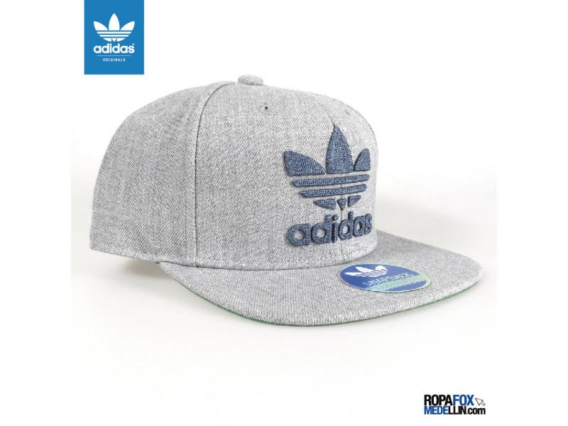 d889bf3783ea0 Gorra Adidas Originals Chain Gris Azul  REF 01169