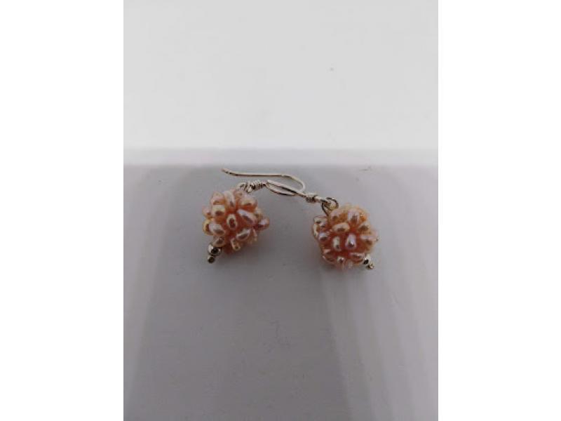 71f6e11b1347 Aretes de perlas cultivadas rosadas